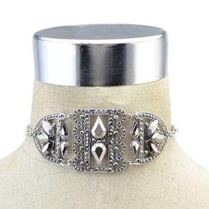Jewelry - ✨New✨Glam Chic Statement Choker Necklace